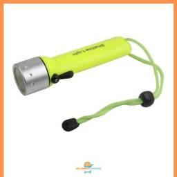Lanterna de Mergulho Prova D'água Meratica Esportes Aquáticos
