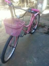Vendo bicicleta rosa competa