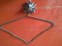 Medalhão do The Witcher 3 + Bolsa de Proteção