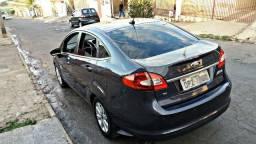 Ford New Fiesta Sedan 1.6 Flex Completo 2013 - 2013