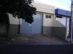 Barracão 350m2 próximo Rodovia Raposo Tavares excelente localização