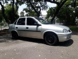 Corsa sedan clássic 1.6 8v - 2005