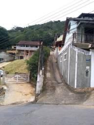 Terreno Mosela,Petrópolis,2600mts,sol,sem árvores, aceita carro, plano, doc ok