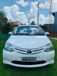 Toyota étios, 1;5,,2014, 68 mil apenas, veiculo super novo,,só transferir - 2014