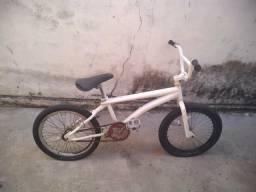 Vendo ou Troco Bicicleta BMX!