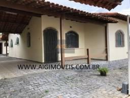 Casa 03 Quartos / Churrasqueira / Portão automático