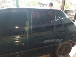 Vendo Fiesta enduro 99 básico . deve 600 reais . sR$= 2800,00 - 1999