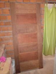Vendo essa porta de Madeira