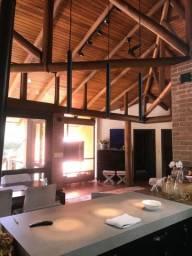 E.H Casa no Condomínio Fechado Lagoa Dourada em Criciúma-SC
