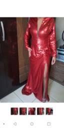 Vestido vermelho de paetê