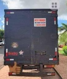 Caminhão para Fretes e Mudanças SJRP
