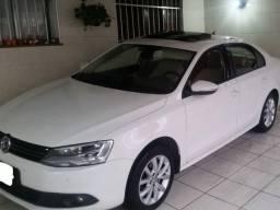 VW - Jetta Comfortline 2.0 4P 2012 Branco