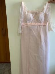 Vestido de festa lindo, feito pelo estilista Salvatore Laureano