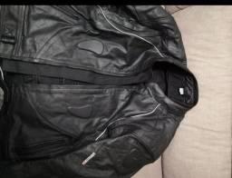Jaqueta de couro com proteção