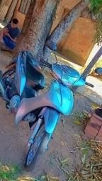 Moto Biz 125 ES