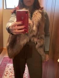 colete feminino em pele sintética, comprada zara spain. tamanho medio. pouco uso