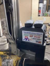 Motor para portão PPA 1/4 de potência já instalado.