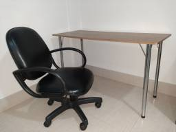 Cadeira escritório com mesa