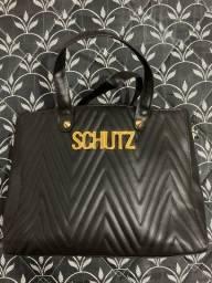Bolsa Schutz, leia a descrição