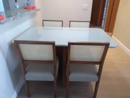 Mesa de jantar menor 4 lugares