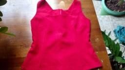 Título do anúncio: Blusa acinturada vermelha - M