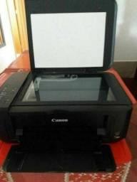 Vendo TV monitor Samsung funcionando em ótimo estado de conservação e impressora e teclado