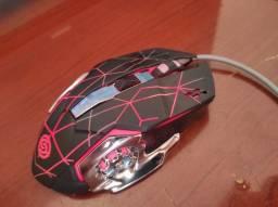 Mouse gamer com 6 botões