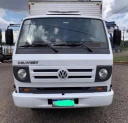Caminhão Volkswagem VW 8150 Baú Furgão