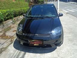 Fiesta Ford 1.0 Básico (Excelente Estado)