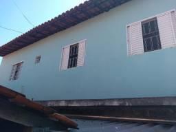 Aluguel-se casa de fundo 3 cômodos $ 650 reis o aluguel J.D..Bom Retiro Sumaré S/P