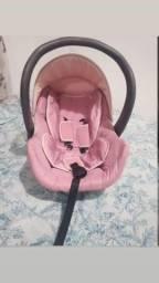 Carrinho,e bebê conforto.