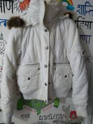 Jaqueta Branca confortável