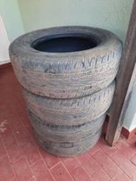Pneus usados para caminhonete