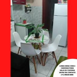 Mesa de Jantar Pequena 70 cm