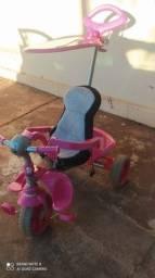 Vendo triciclo usado mais super conservado usou poucas vezes