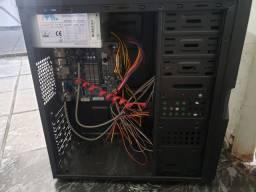 Computador usado para trabalho e games leves