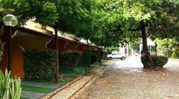 Vendo casa duplex em cond fechado no Conj Polar e com área de Lazer, 2 vagas. R$ 280mil