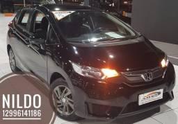 Honda Fit nj 1.5 CVT 2015 único dono! troco e financio! chama no zap *