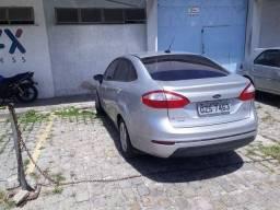 Ford New Fiesta Sedan automatico com GNV