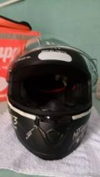 Vendo capacete MT