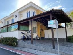Maravilhosa casa em condomínio fechado na Serra