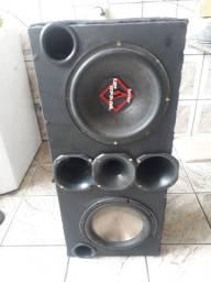 Vendo caixa de som dois alto falante de 12 e módulo