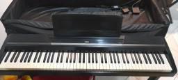 Piano korg sp 170