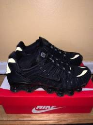 Nike Shox TL triple black