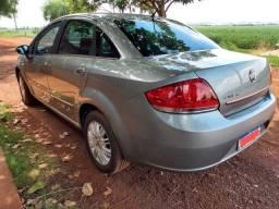 Fiat Linea carro bem conservado