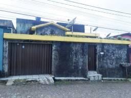 Casa no centro de Paudalho