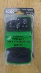 Pedal Behringer Vintage Tube Overdrive TO800