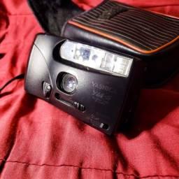 Câmera fotográfica analógica Yashica 34mm