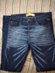Calça jeans masculino .