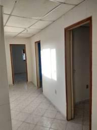 Alugo casa 3 quartos 650,00 ilha de Santa Maria